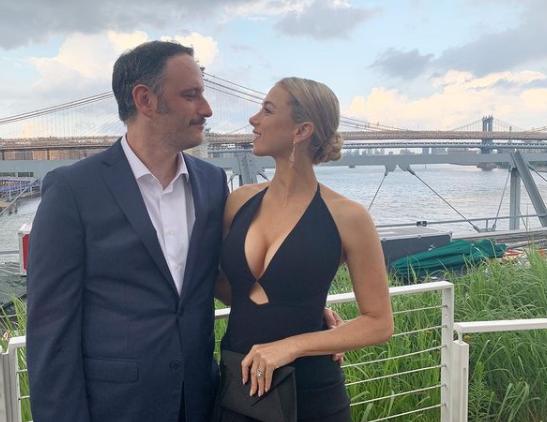 Iliza Shlesinger with her husband