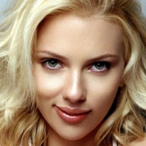 Scarlett Johansson - Bio, Facts, Wiki, Tattoo, Net Worth ...