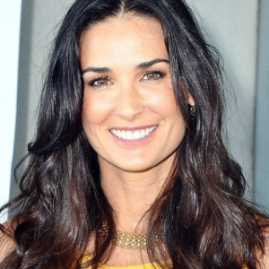 Demi Moore Facts, Bio, Wiki, Net Worth, Age, Height ...